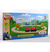 Thomas & James Wooden Railway Starter Set